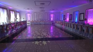 Doświetlenie sali światłem LEDMiejsce: Pod złotym kasztanem